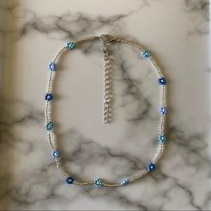 Dainty Sunday Blues daisy choker necklace